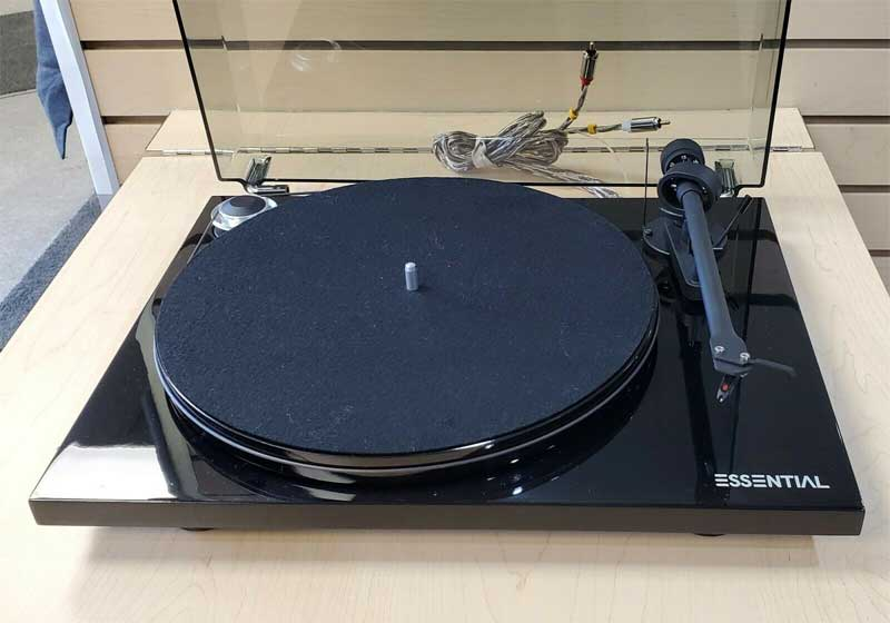 Pro Ject Essential Turntable